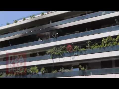 Video - Νεκρή μία γυναίκα από πυρκαγιά σε διαμέρισμα [Βίντεο]