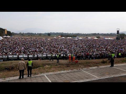 Venezuela: Der Machtkampf wurde auf 2 Konzertbühnen v ...