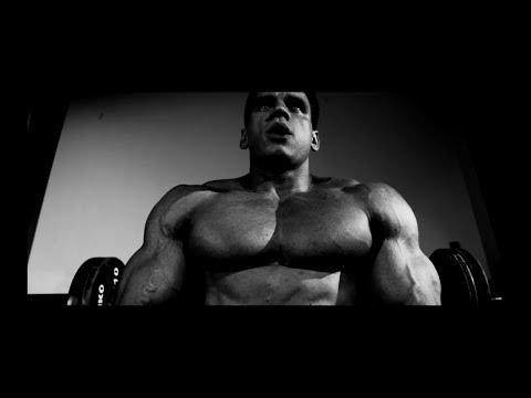 DM4 - Bosski, Toony - IDĘ NA TRENING prod.Bngrski (official video)