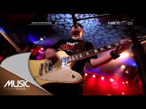Download Lagu The Fly - Mencintaimu (Keangkuhanku) - Music Everywhere Music Video
