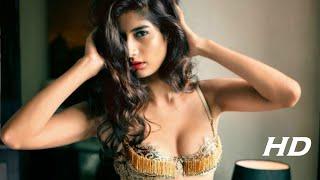 Nimrat Kaur HOT   AIRLIFT 2016 Girl