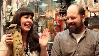 Nonton A Very  Un Merry Ask A Mortician With Mike Zohn Film Subtitle Indonesia Streaming Movie Download