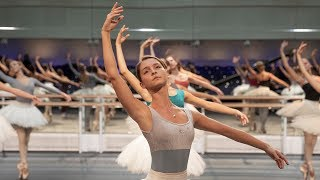 Video The Royal Ballet rehearse the Kingdom of the Shades scene from La Bayadère – World Ballet Day 2018 MP3, 3GP, MP4, WEBM, AVI, FLV Agustus 2019