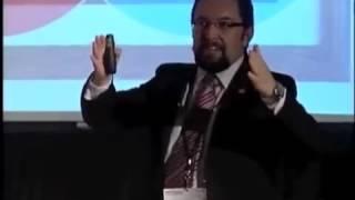 """""""Cómo hacer que las cosas sucedan"""": Héctor Flores en TED"""