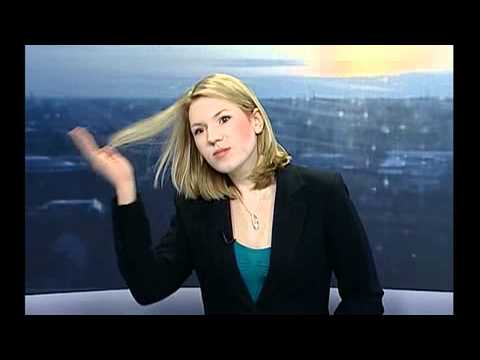 News Reporter Doesnt Realise She Is On Live TV!!