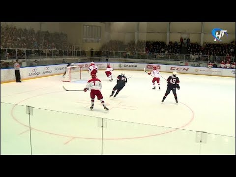 Матчем Россия - США в Великом Новгороде завершился хоккейный «Турнир четырех наций»