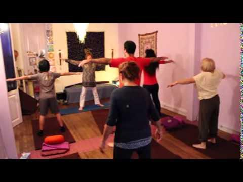 Clase de Yoga – Posturas por Ana Pachko