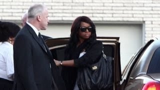 Whitney Houston Funeral - Bobbi Kristina and family attend viewing - YouTube