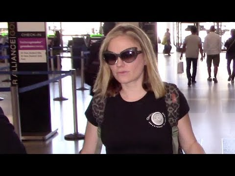Anna Paquin Goes Low Profile Flying Through LAX