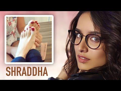 SHRADDHA KAPOOR FEET 💖 Foot MASSAGE Video gone Viral 💖 MUST WATCH! 😍