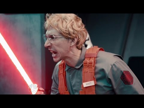 Star Wars' Kylo Ren Goes on Undercover Boss For SNL Spoof