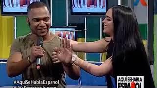 Video Los Famosos Juegan con Yomel El Meloso Heidy Villa y Amelia Alcantara MP3, 3GP, MP4, WEBM, AVI, FLV November 2018