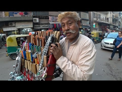 Delhi's Worst Bazaar   Paharganj 🇮🇳