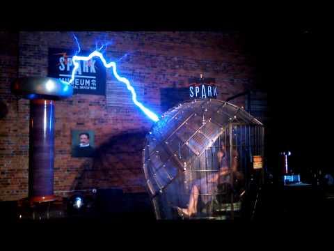 Tesla Coil Faraday Cage