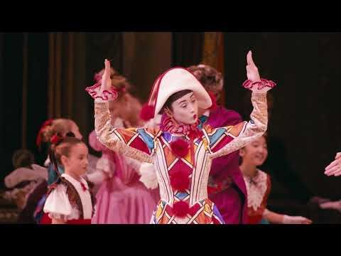 Dans l'Atelier de costumes des Grands Ballets