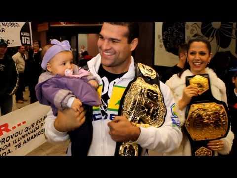 Shogun Rua returns to Brazil after UFC 113 as the Champ