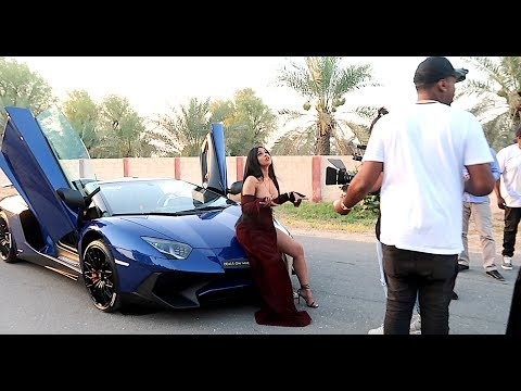 Video Cardi B - Bodak Yellow (BEHIND THE SCENES CHEETAH INCIDENT) download in MP3, 3GP, MP4, WEBM, AVI, FLV January 2017