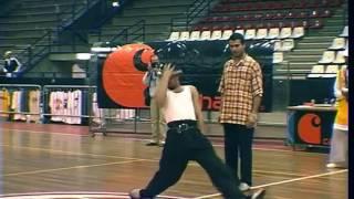Junior Almeida & Walid – Boumhani Popping Showcase at Give It Up 2005 Italy