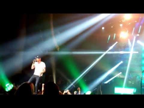 Chillin' It – Luke Bryan and Cole Swindell – Atlanta, GA – 7/14/13
