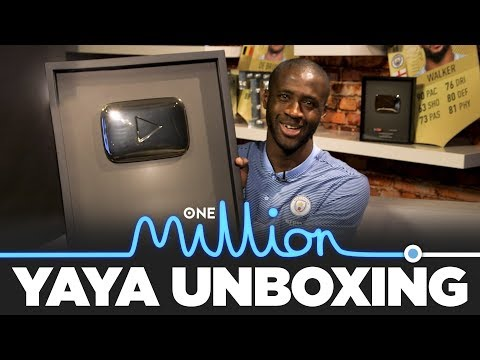 Video: YAYA UNBOXES 1 MILLION SUBS GOLD BUTTON