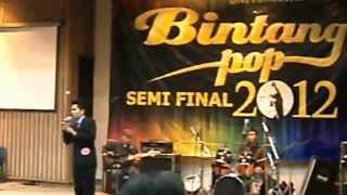 Fernando L H Fredo   Greatest love of all George benson cover @SEMIFINAL Bintang pop UI 2012