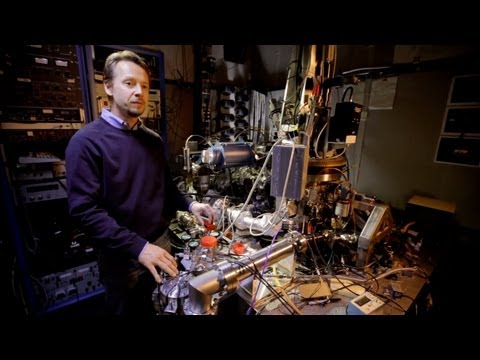 Moving Atoms: Making The Worlds Smallest Movie - YouTube