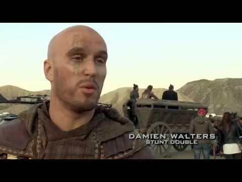 Assassin´s Creed: dublê Damien Walters – que também fez Hell Boy, Capitão América e Skyfall - fala sobre o salto de confiança que fez no filme marcado para estrear em janeiro