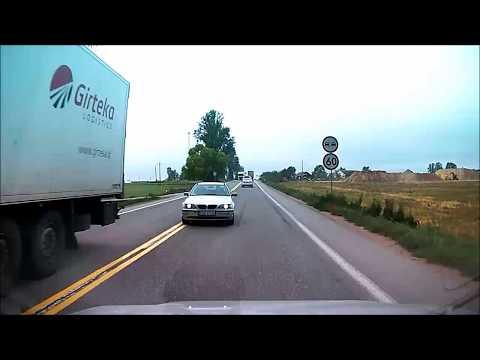 Konkretna czołówka BMW z Hondą! Jedziesz sobie spokojnie swoim pasem, a tu nagle taka akcja!