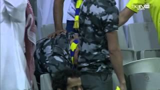 مشجع نصراوي ينهار بعد الخسارة من لخويا