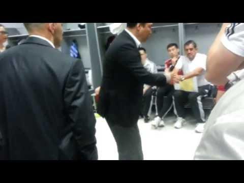 Финал Кубка УЕФА по футзалу. 'Кайрат' - 'Динамо'. В раздевалке