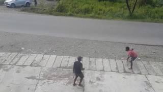 Video Perang Antar suku yg mengerikan Di Indonesia MP3, 3GP, MP4, WEBM, AVI, FLV Oktober 2018