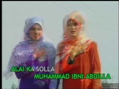 Qaseeda - Beautiful Qaseeda sung by Girls Pls visit www.Qaseeda.tk Largest Islamic Qaseeda Library.