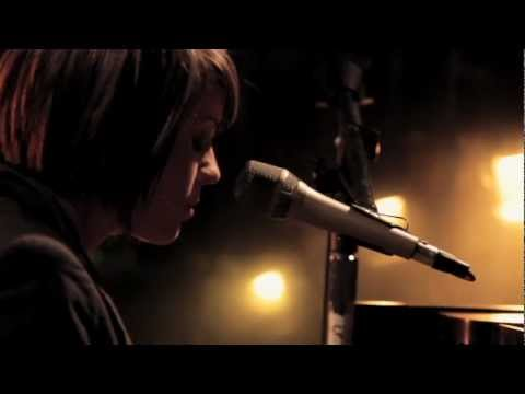Tegan & Sara - Alligator (Get Along DVD)