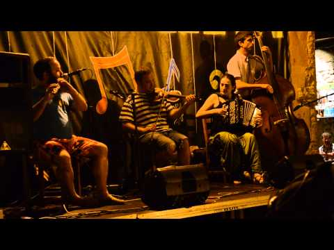 La Bandina'l Tombo. Pasodobles asturianos.