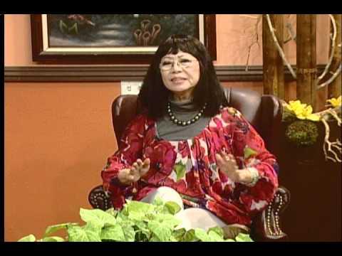 MC Trần Quốc Bảo phỏng vấn nữ danh ca Bạch Yến tháng 11/2010 (part 4)