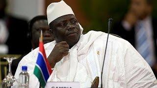 O presidente cessante da Gâmbia, Yahya Jammeh, disse esta sexta-feira que rejeita os resultados das eleições de 1 de dezembro, denunciando irregularidades na...