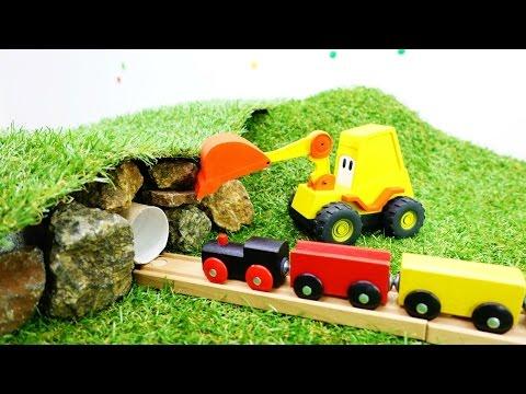 Машинки, поезд и экскаватор Мася - Тоннель в горе (видео)