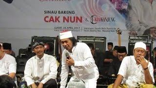 Sinau Bareng Cak Nun dan Kiai Kanjeng Peringatan Isra Miraj di Lapangan Desa Jepang, Mejobo, Kudus, Jawa Tengah, 29 April 2017 bersama Sukun dan MuriaNewsCom