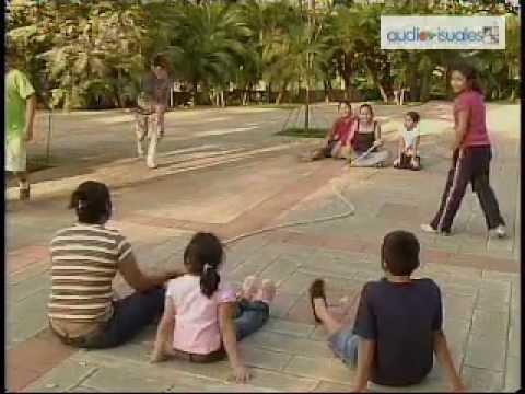 Juguemos salta cuerdas y el hule (2008)