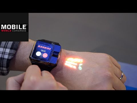 Haier MWC 2018: Haier präsentiert Smartwatch mit Projek ...