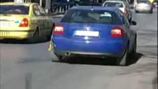 Шофьор ПОБЕДИ Скобите за Неправилно Паркиране!