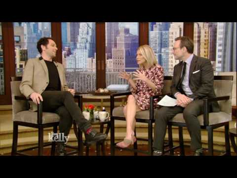 """The Americans'"" Matthew Rhys on Being a First-Time Dad"