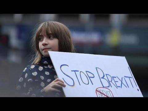 Οδοιπορικό του euronews στα ιρλανδικά σύνορα ενόψει Brexit