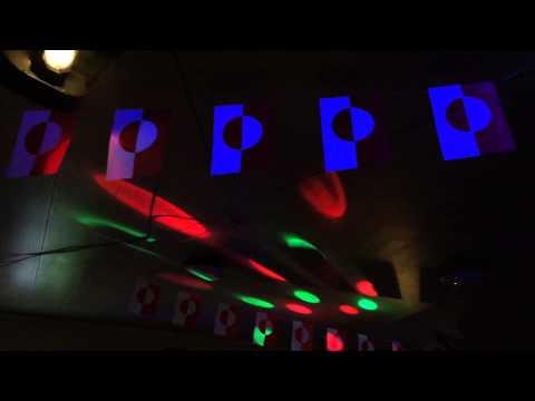 Groenland Ilulissat Bar discothèque / Greenland Ilulissat Pub disco
