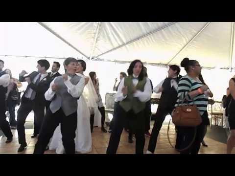 Flash Mob at Weddings of Tulsa Showcase – 1st set (Wobble)
