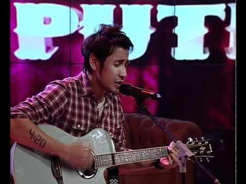 Ello -Gak Kayak Mantanmu (Live at Hitam Putih, TRANS|7)