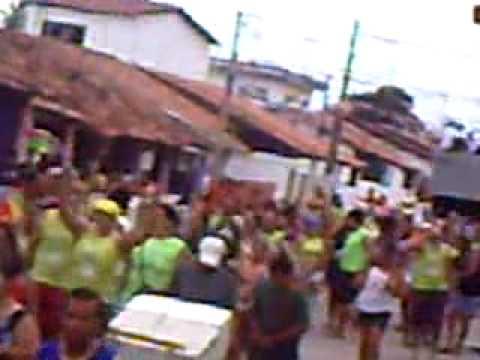 Arrastão do Bloco do Periquito,na rua Pedro Aleixo,Cabedelo,Paraíba,Brasil