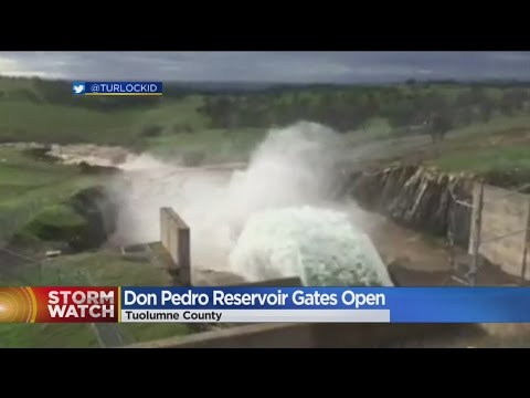 Don Pedro Spillway Opens For First Time Since 1997 (видео)