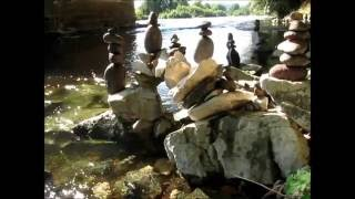 Souillac France  city pictures gallery : Rock balancing, installation à Souillac en France en 2016