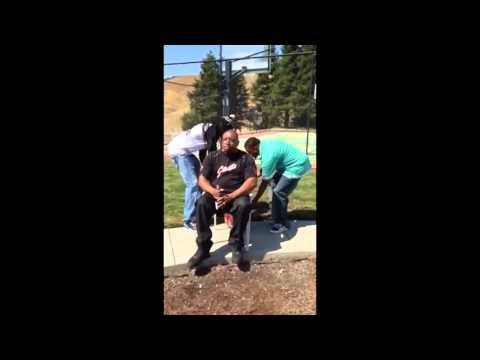 E-40 – Ice Bucket Challenge (video)